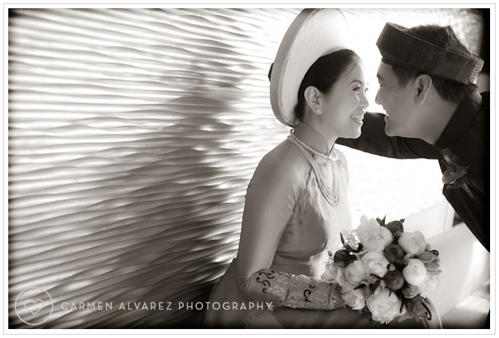 Yoshi's San Francisco Wedding Photography